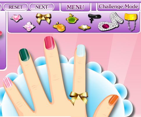Glam Nail Studio game online. Screen Shot 3