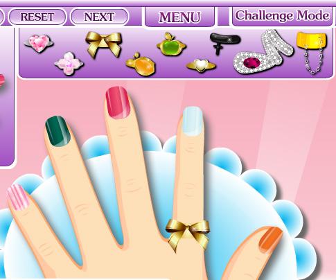 Glam Nail Studio game online. Screen Shot 3